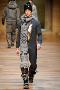 как носить длинный мужской шарф