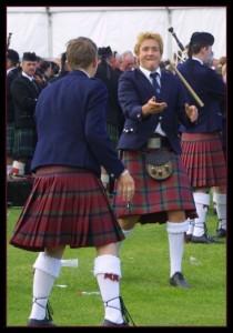 Малый килт: это и есть в обывательском понимании наша юбка шотландка...