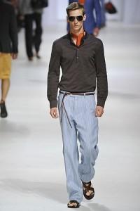мужской шелковый костюм фото