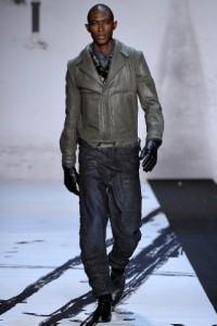 модные мужские кожаные куртки осень 2011