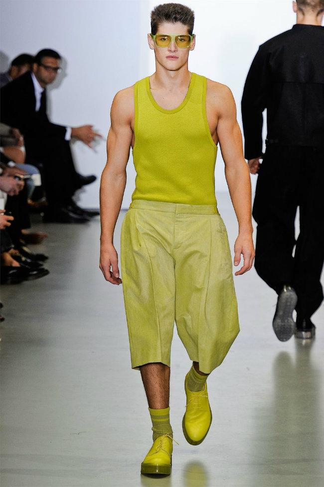 Модная одежда calvin klein ве�на 2012