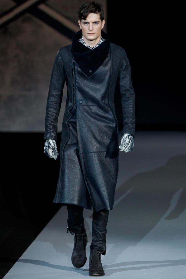 Мужская мода осень зима 2011-2012 от Giorgio Armani.