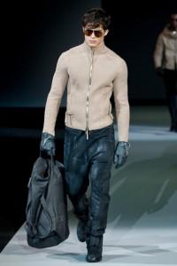 мужская кожаная куртка от Армани зима 2012