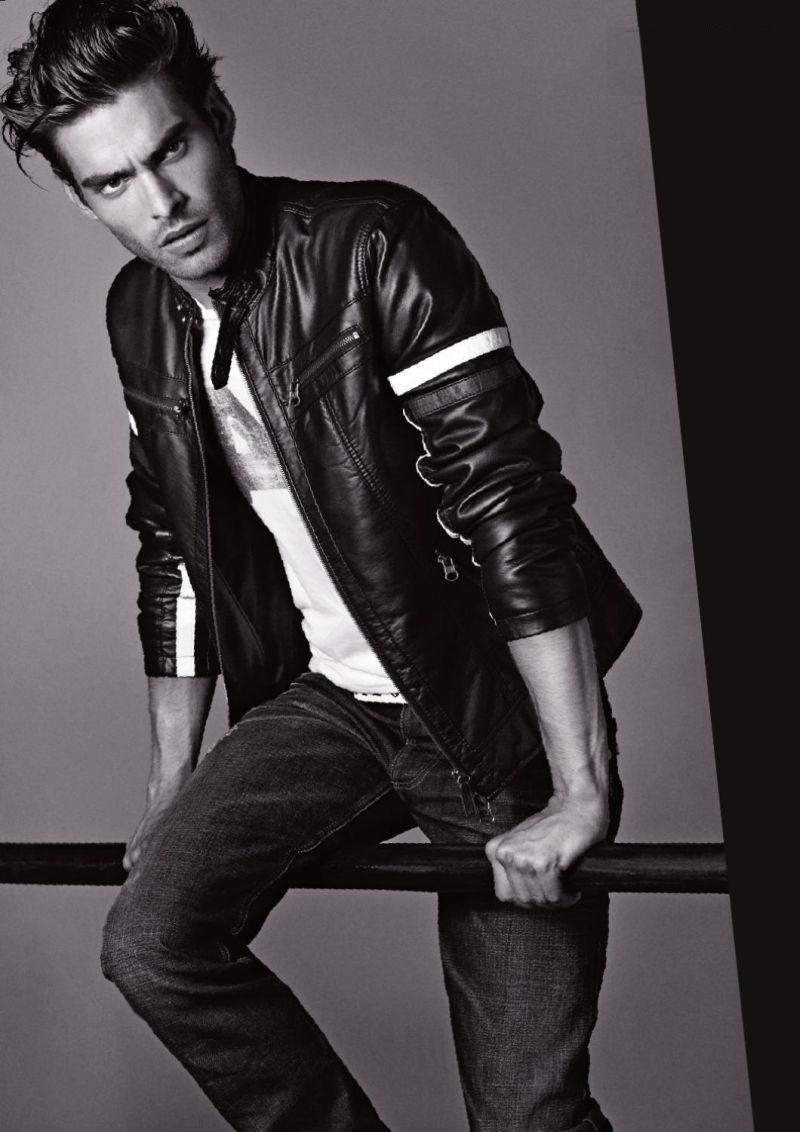 кожаные куртки и мужские джинсы осень 2011