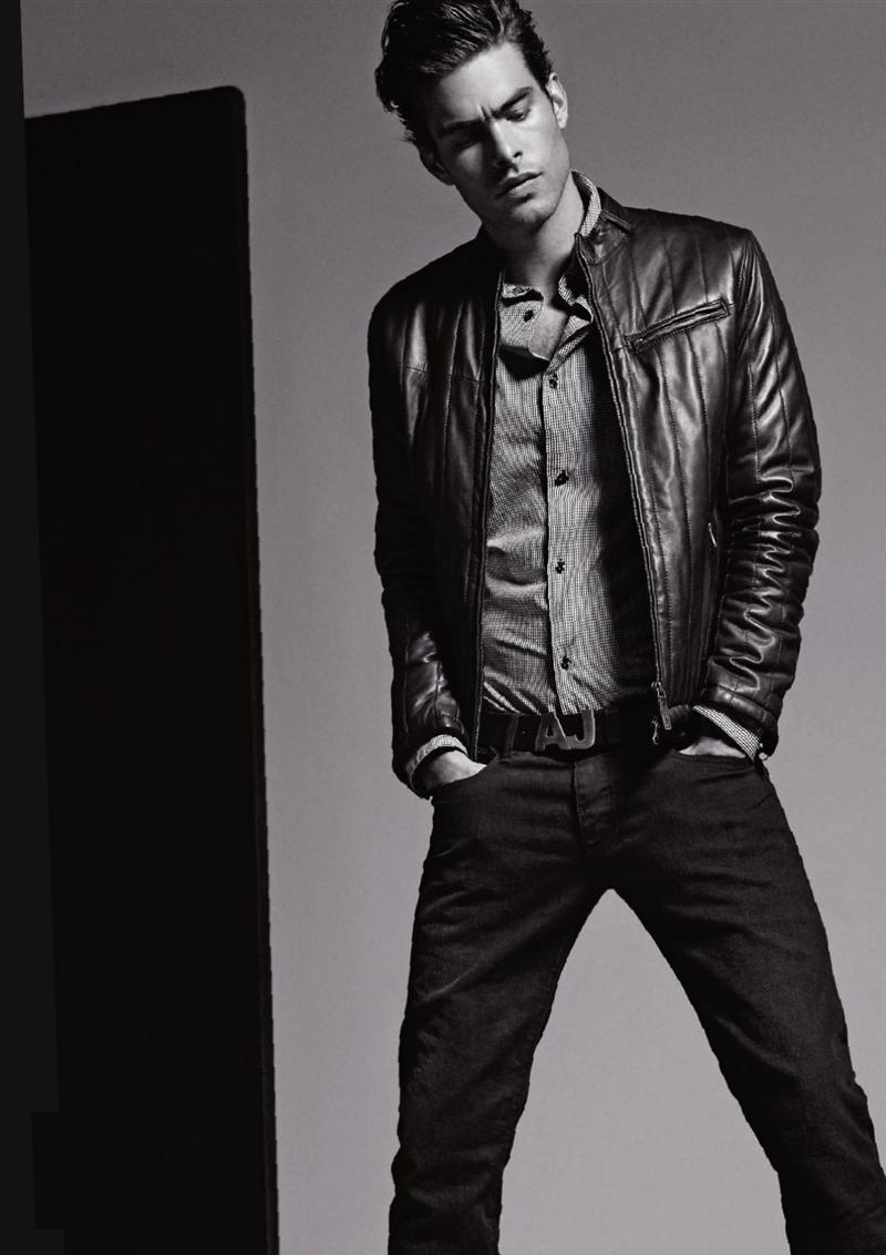 куртки и джинсы для мужчин на осень