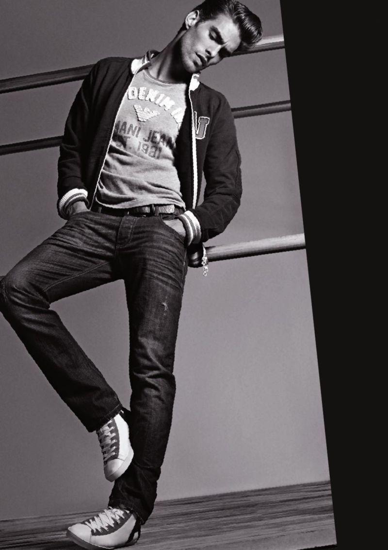 модные джинсы от Армани