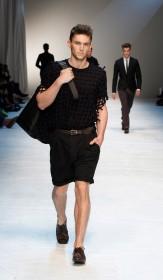 носить шорты в городе летом мода от Дольче Габбана
