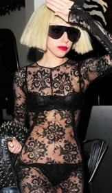 Леди Гага в нижнем белье фото