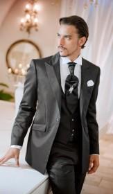 цвет свадебного костюма
