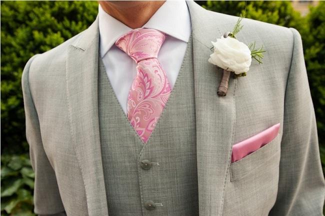 rozovyj-galstuk-na-svadbu